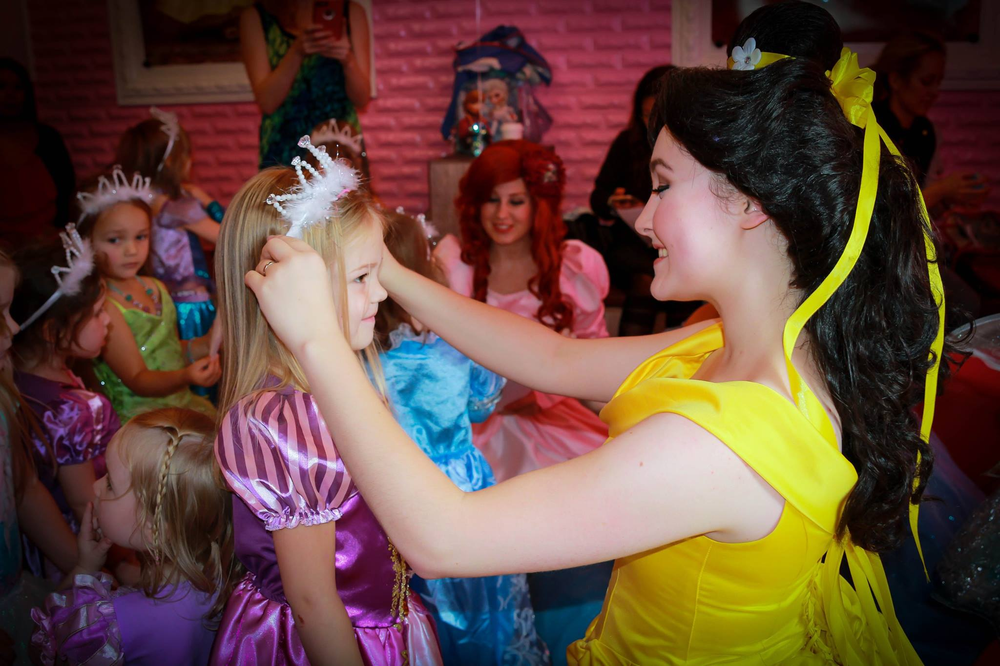 MIAMI PRINCESS PARTY COMPANY OFFERING CHARACTER VISITS FOR BIRTHDAY PARTIES IN SOUTH FLORIDA